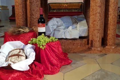 Brot und Wein, Lamm Gottes